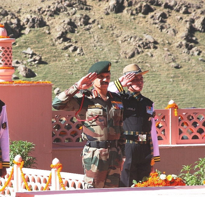Army Chief on the occasion of 16 th anniversary of Kargil Vijay Divas